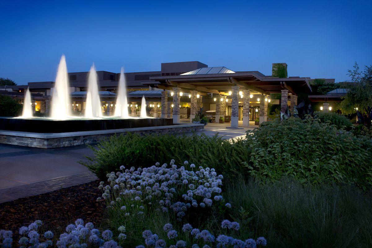 The Grand Geneva Gallery: Fountains