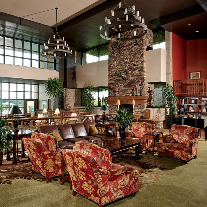 The Grand Geneva Gallery: Lounge